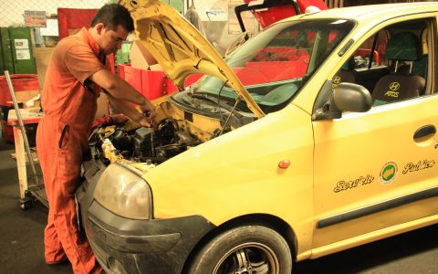 Reactivan economía en talleres de Villavicencio